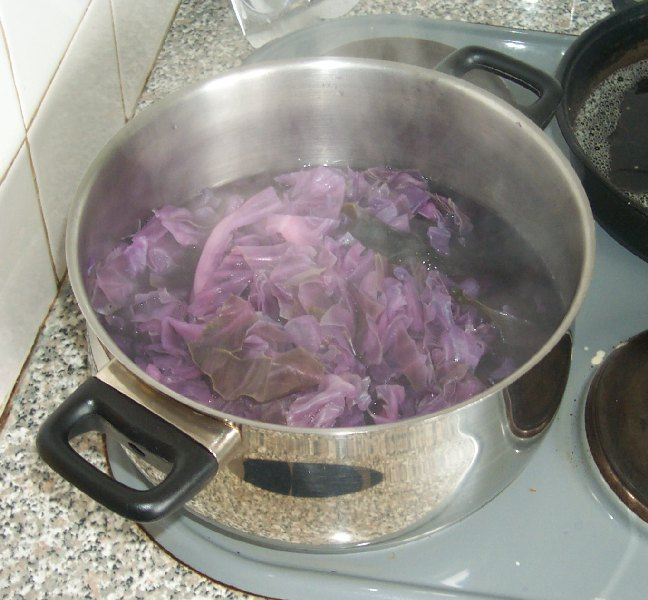 boiling up the cabbage